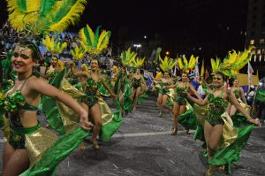 C 1080 en el Desfile de Carnaval 2018 - Foto de Graciela Guffanti.